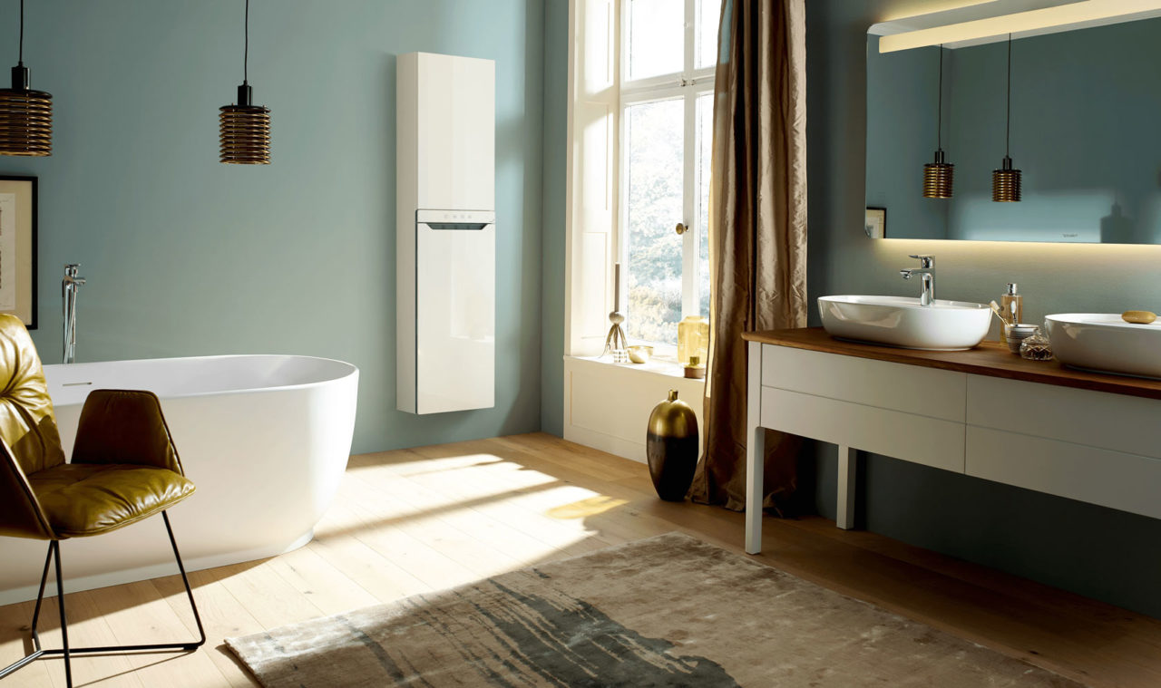 01_Zehnder_RAD_Zenia_in_burgbad_Moebel_Duravit_low